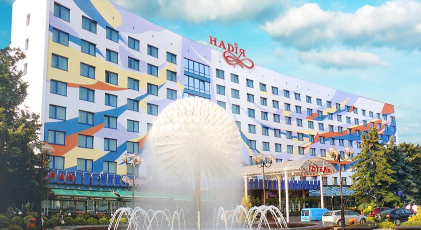 Невідомі повідомили про «замінування» готелю в центрі Івано-Франківська
