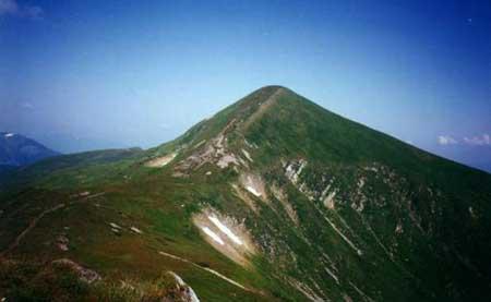 10 найвищих вершин Українських Карпат