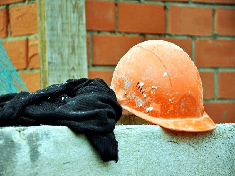 """Кругова порука: УКБ уклало зі """"своєю"""" фірмою угоду на розширення школи у Хриплині"""
