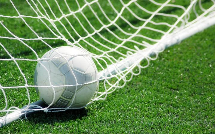Ветерани ФК «Прикарпаття» поїдуть на Донеччину зіграти у футбол з десантниками
