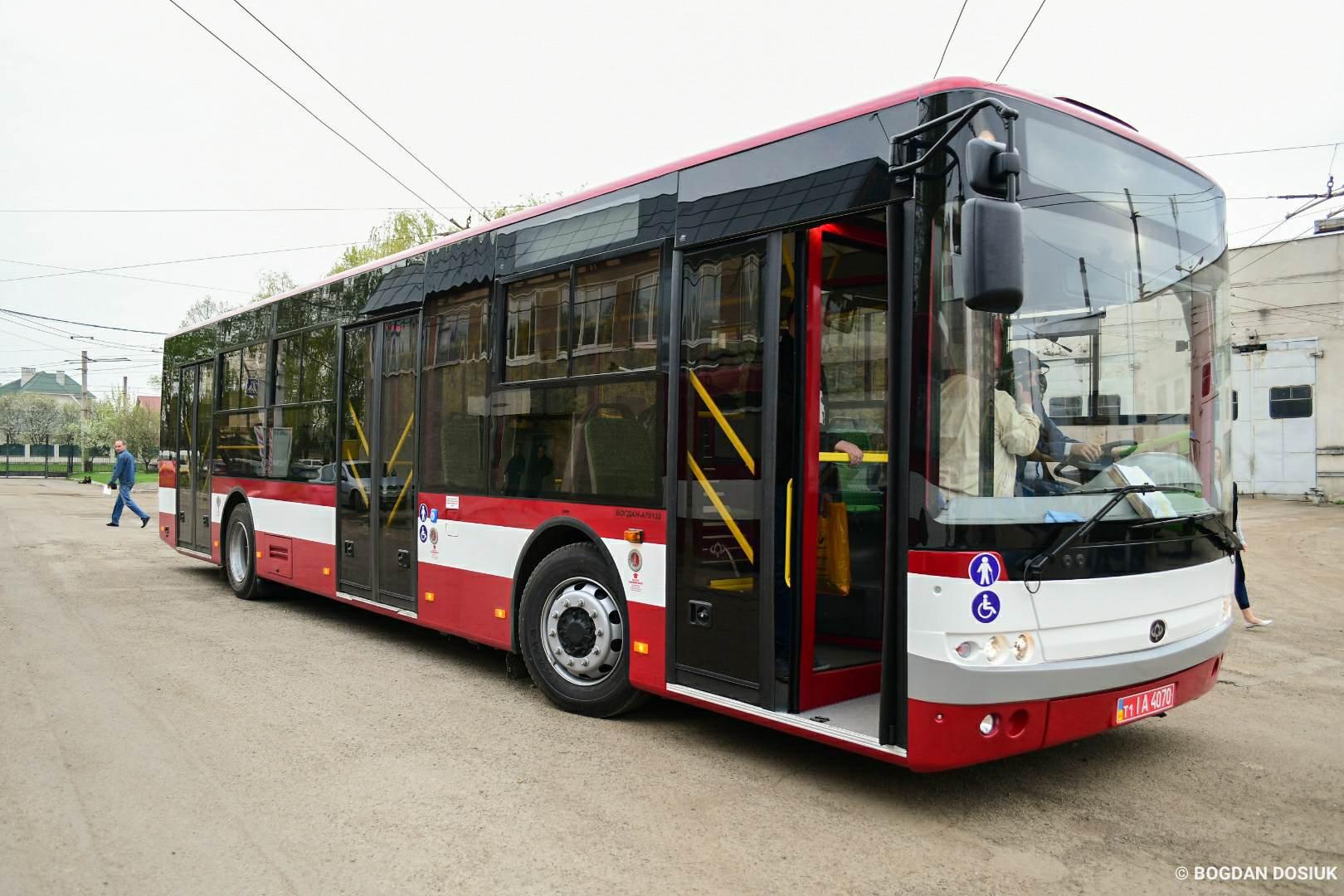 У Франківську автобус № 27 змінить графік руху