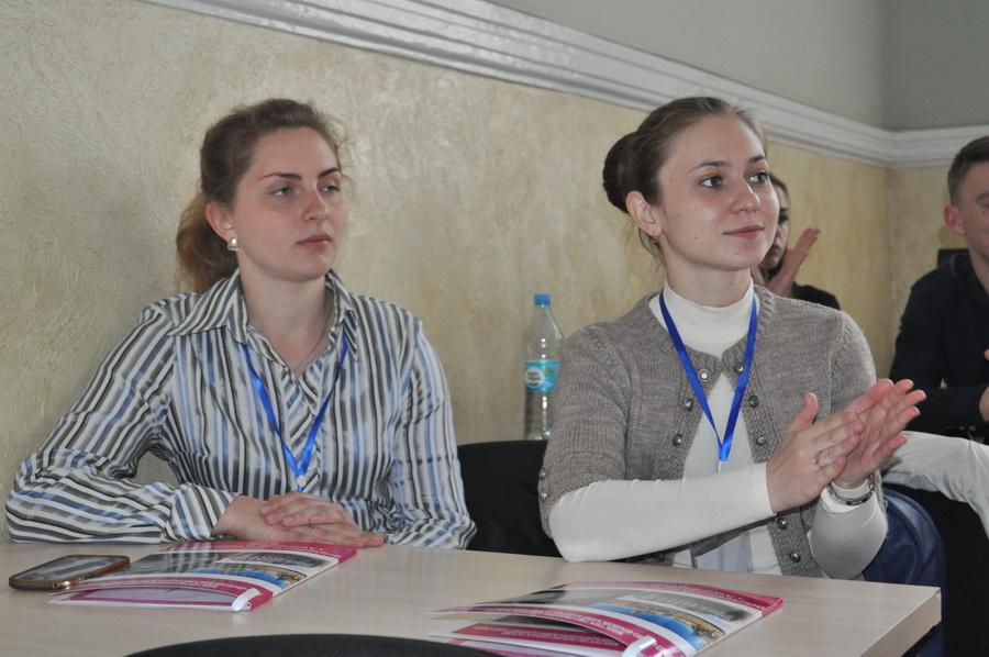 http://firtka.if.ua/media/cache/blog_thumb/data/blog/207683/a68b2d8caa7189286990059cd0df4542.jpeg