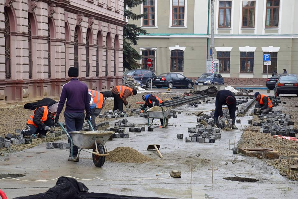 """Результат пошуку зображень за запитом """"У комунальному Департаменті пояснили, чому затягнувся ремонт вул. Л.Українки"""""""