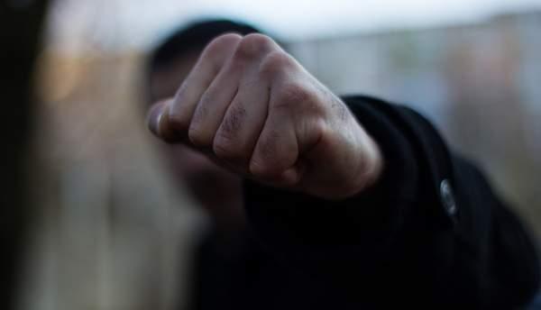 """Результат пошуку зображень за запитом """"15 травня, до Косівського відділу поліції звернувся 18-річий жителя одного із району, який повідомив про те, що в с. Смодна, Косівського району біля місцевої АЗС невідомий чоловік побив та пограбував його, заволодівши мобільним телефоном марки""""Сіомі Редмі 04Х"""" та грошовими коштами."""""""