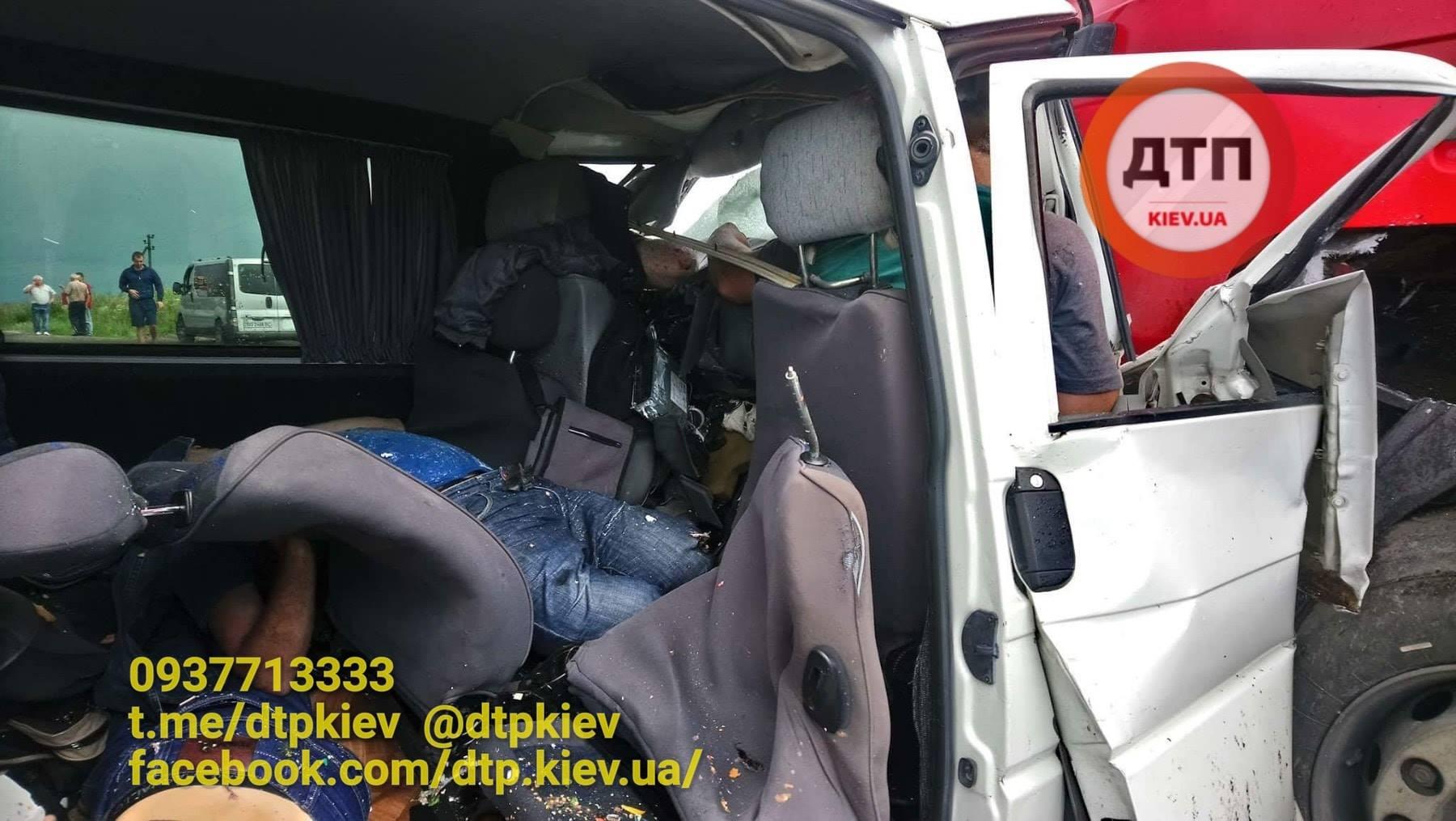 Сосут в грузовиках, Дальнобойщик (найдено 78 порно видео роликов) 3 фотография