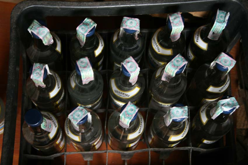 На Прикарпатті ліквідували підпільний цех з виробництва алкоголю