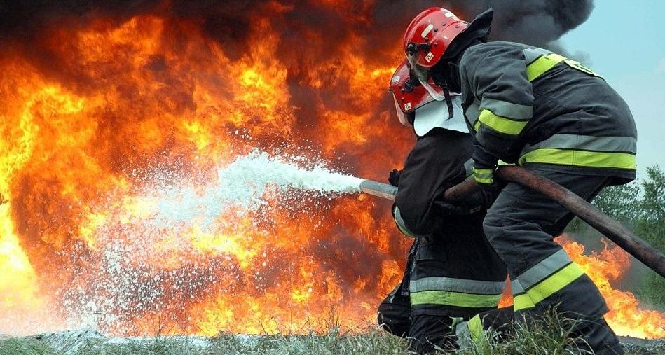 """Результат пошуку зображень за запитом """"31 жовтня о 20:29 до Служби порятунку «101» надійшло повідомлення про пожежу в селі Петранка Рожнятівського району."""""""