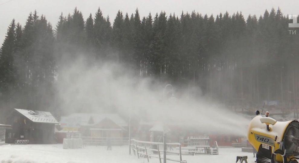 Прикарпатський гірськолижний курорт готується до відкриття сезону (відеосюжет)