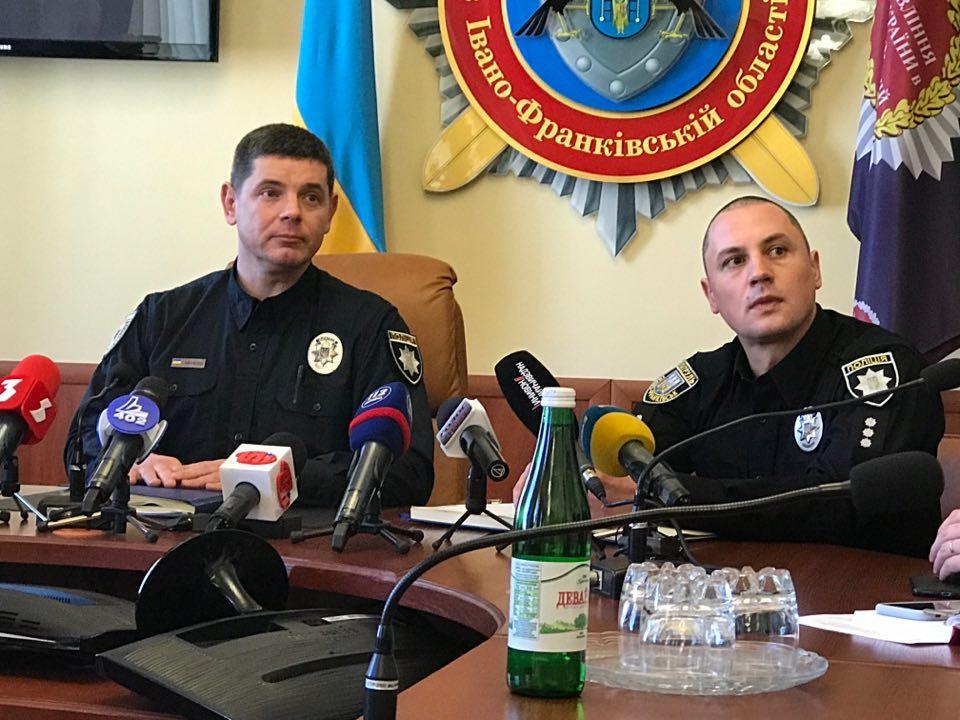 """Результат пошуку зображень за запитом """"Аналітик підозрює, що франківська патрульна поліція """"махлює"""" з мийкою поліцейських автівок"""""""