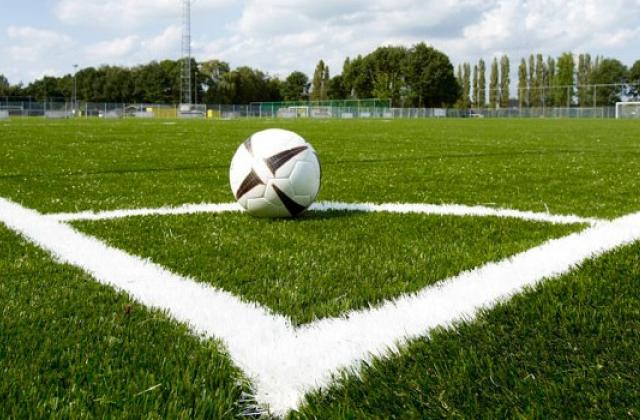 На Снятинщині побудують футбольне поле зі штучним покриттям