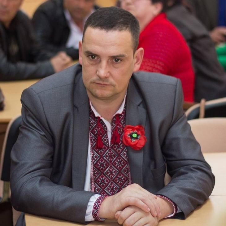 Прикарпатський чиновник вимагав хабар у матері-одиначки за оформлення соціальної допомоги