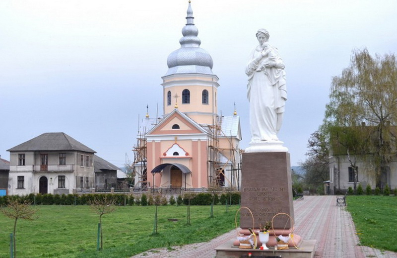 Прикарпатців запрошують на прощу родин до Маріямпільської Чудотворної ікони Матері Божої