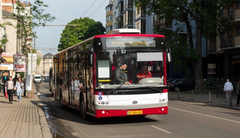 "Результат пошуку зображень за запитом ""франківськ комунальні автобуси"""