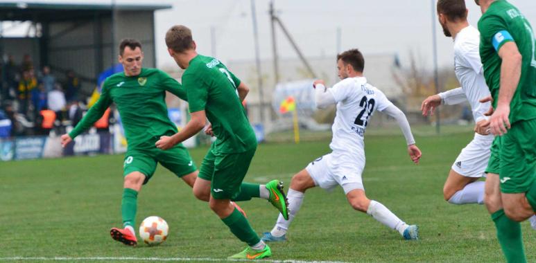 """Футболісти """"Прикарпаття"""" програли одеським """"Балканам"""" у виїзній грі (відео)"""